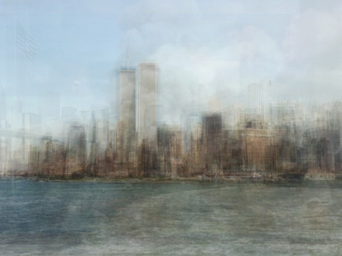 Corinne Vionnet World Trade Centre 695x521 Take a trip round the world in the company of hundreds of tourist ghosts